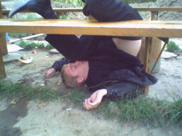 Почему шатается пьяный человек